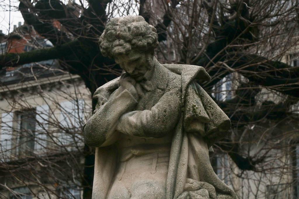 Памятник Берлиозу в Гренобле