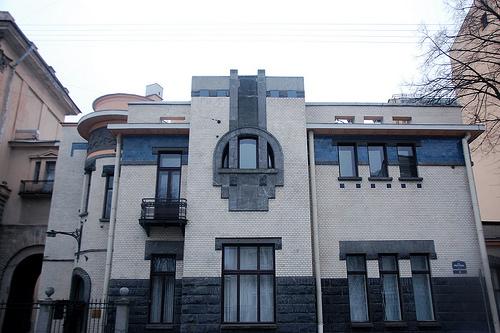 Особняк в стиле модерн на Петроградской