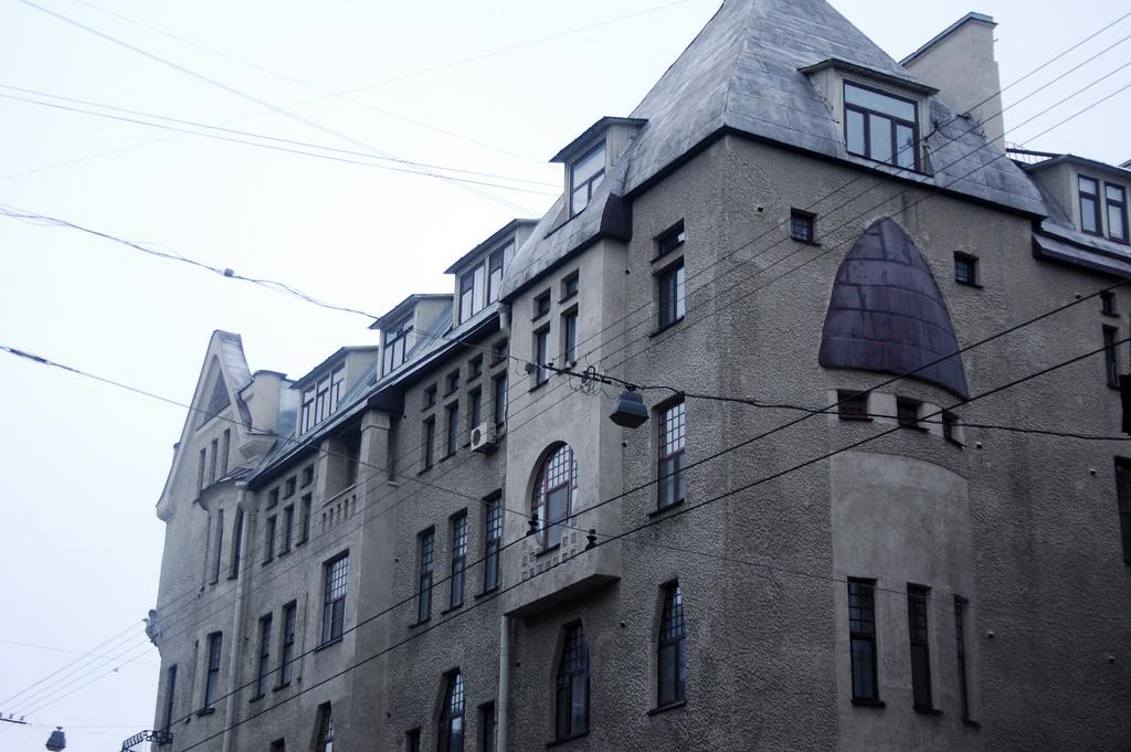 Большой проспект Петроградской стороны, 44