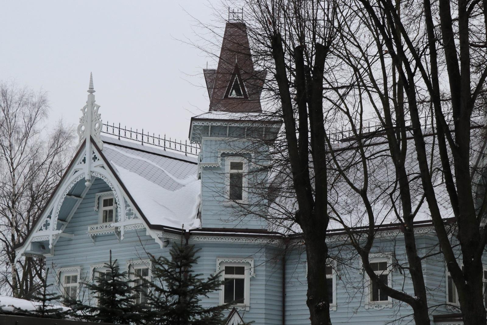Дом Петровой
