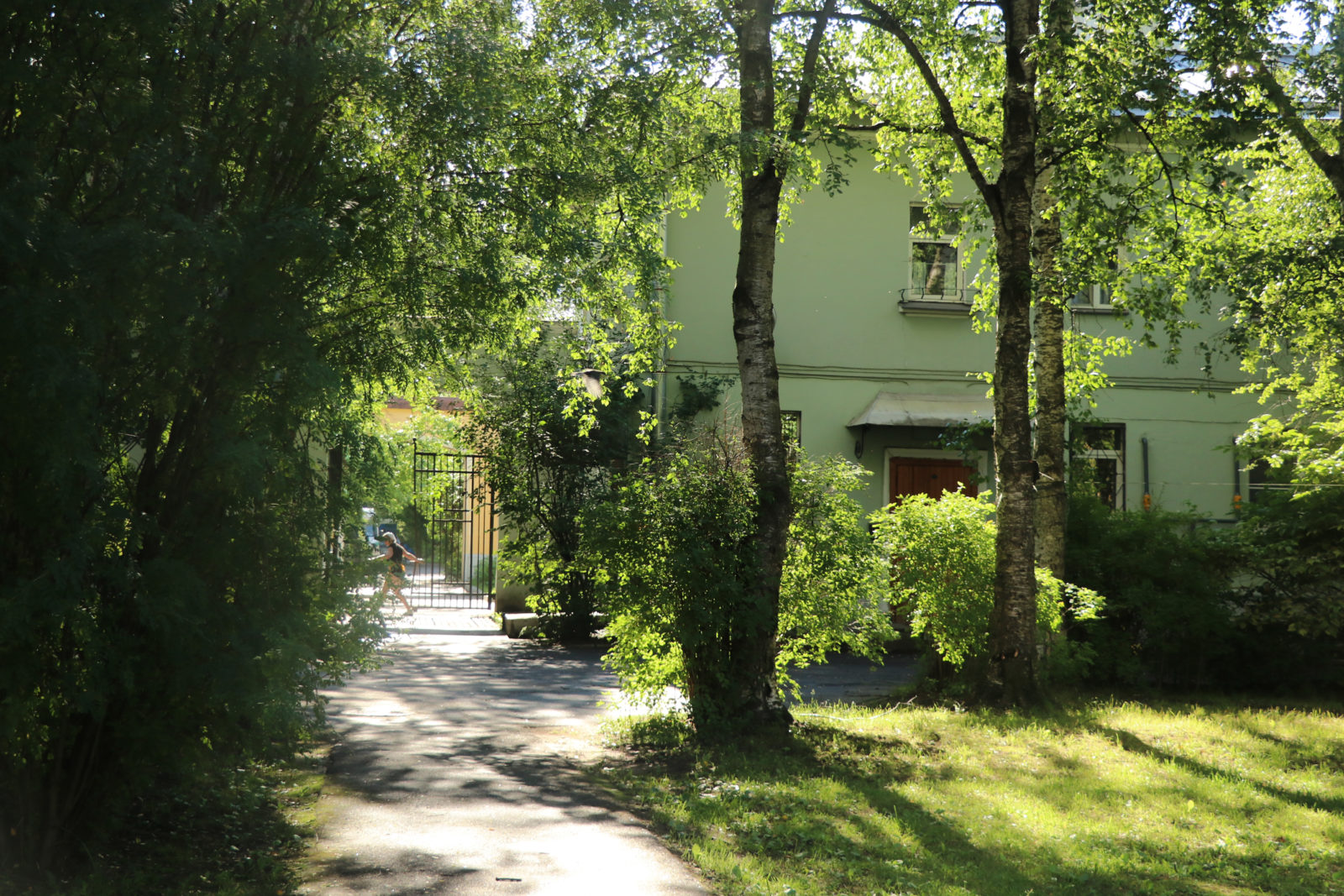 Жилой квартал на Савушкина